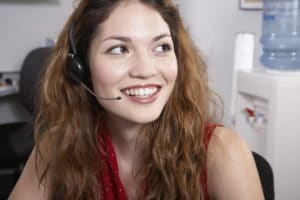 difference between virtual receptionist and answering service